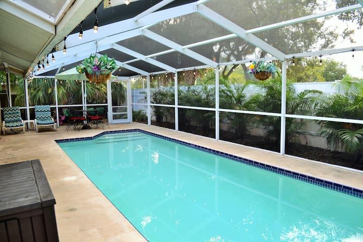 Our Cozy Dream FL Vacation Home! *2020 specials!*