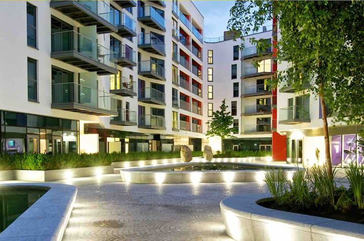 Modern 1 Bedroom Apartment Close to Central London