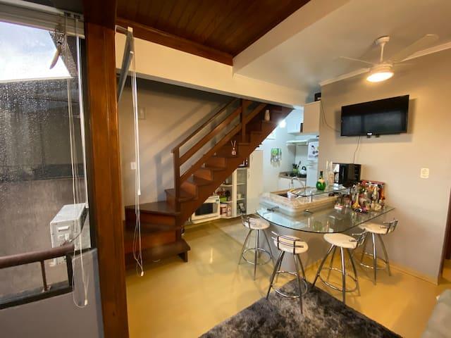 Duplex aconchegante no Petrópolis, próximo à PUCRS