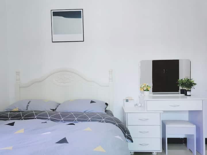 【妍二家】INS北欧风舒适大床房 | 独卫 | 安静独栋别墅 | 近国贸世贸金牛岭 | 可开发票