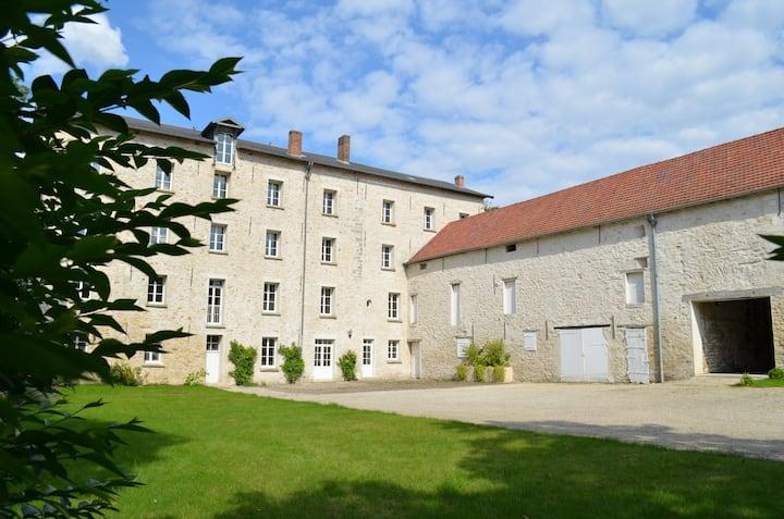 Moulin XVIIIème - 10 personnes