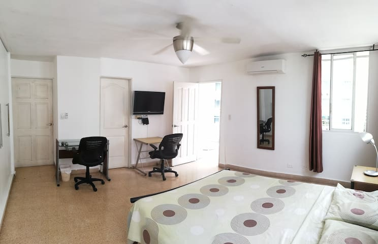 1-great private room in the centre of Panama City