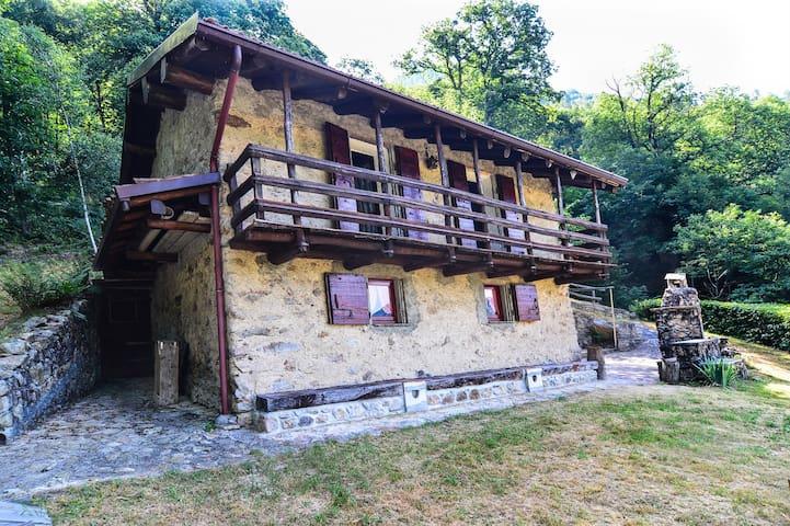 Baita de Cortic - Casargo - Hus