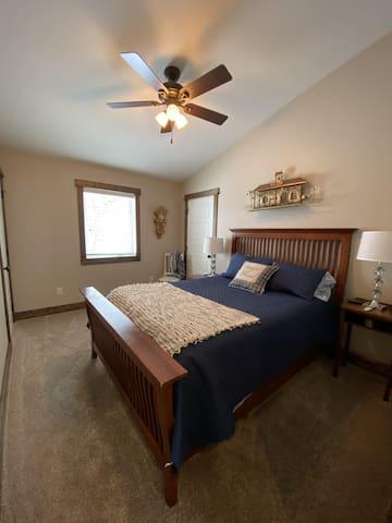 Upper level bedroom 2 - queen bed.