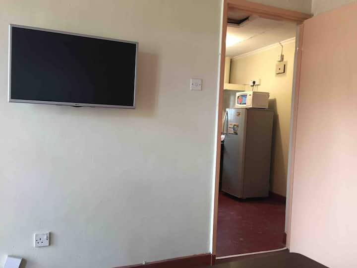 Secure 1 Bedroom House 15 mins to JKIA airport