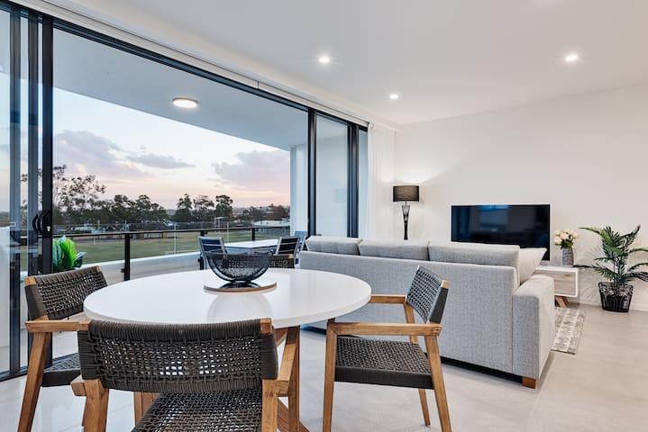New Mooloolaba luxury getaway steps from the beach