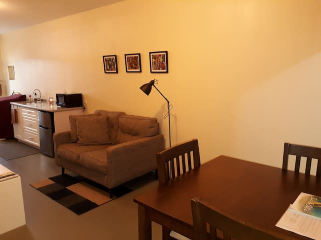 Warm 1-Bedroom Annex, Woodbrook