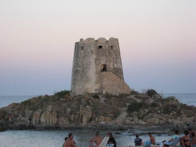 AMPIO BILOCALE A BARI SARDO