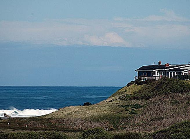 Whales Play - Gold Beach - House