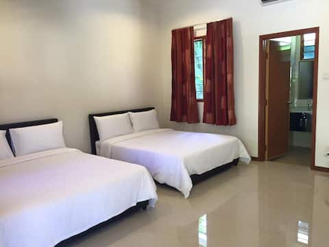 Water Chalet Sungai Lembing- Chalet 2 for 4 pax