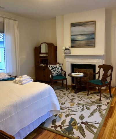 The William Routt Suite at the Nathaniel Inn