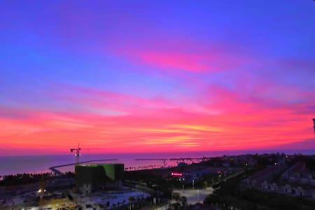龙沐湾 最美日落海滩边的公寓
