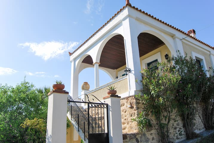 Spacious villa w/ sea views & WiFi - Limnos - Vila