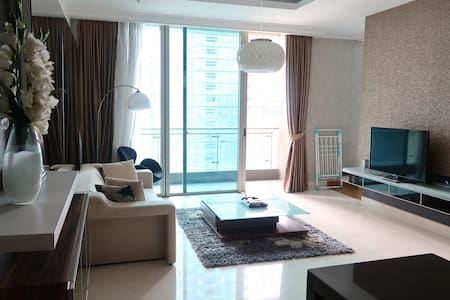 Spacious & Convenient 1BR in heart of SCBD
