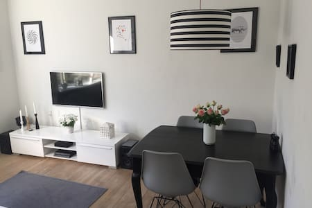 Charming apartment in walking distance to most - Rungsted Kyst - Wohnung