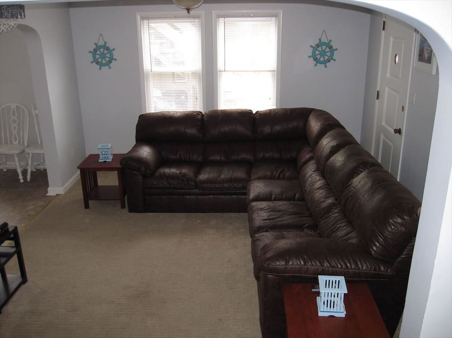 Family room with Cable TV.  WIFI throughout the house
