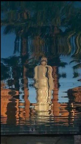 Mesquite Springs-Coachella Special- 1 Queen - Desert Hot Springs - Boutique hotel