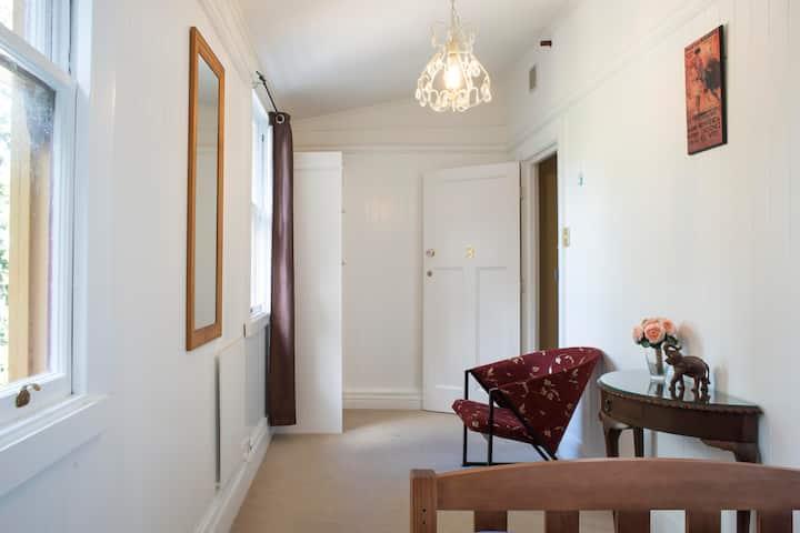 Fellworth House - Room 8 (Shared Bathrooms)