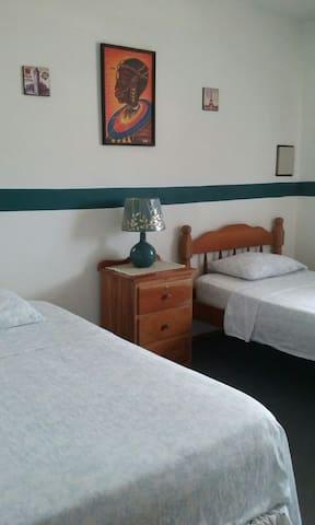 $$Wow, Breezy Room Wifi Belize City