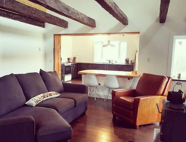 100 Acre Cottage (June - October only)