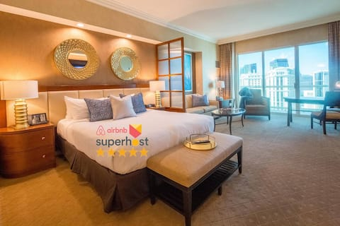 WINTER ON SALE! NO RESORT FEE★ High Floor Balcony Strip View Suite ★FREE VALET