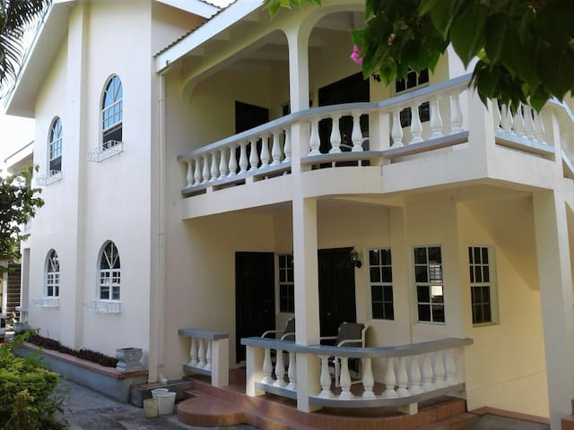 BERNIE'S HOME - Saint Davids - Vakantiewoning