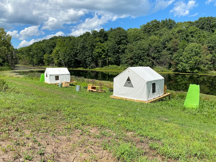 Tentrr Signature Site - Lakeside Tents in Historic Orchard
