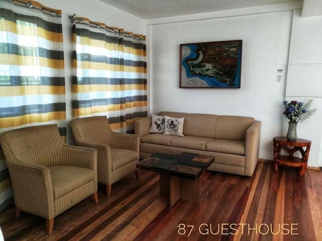 Homey budget unit, Unit E 87 Guesthouse, Baguio