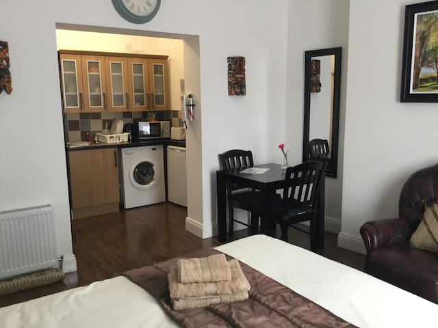 Apt.1  South Circular Road  Dublin 8