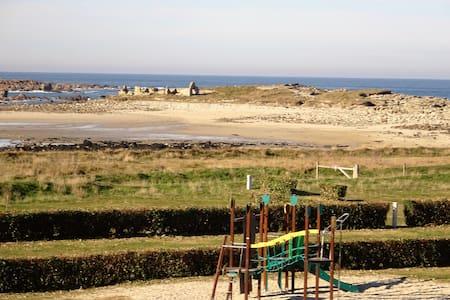 Appart superbe vue mer, proche plage et sentiers
