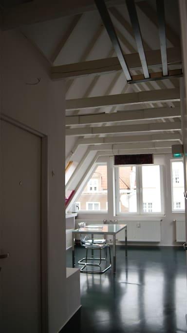 Blick vom Eingang Richtung Wohnraum