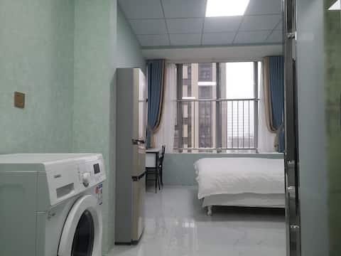 滨湖银泰,万达茂,温馨私享公寓,情侣约会好去处,近地铁