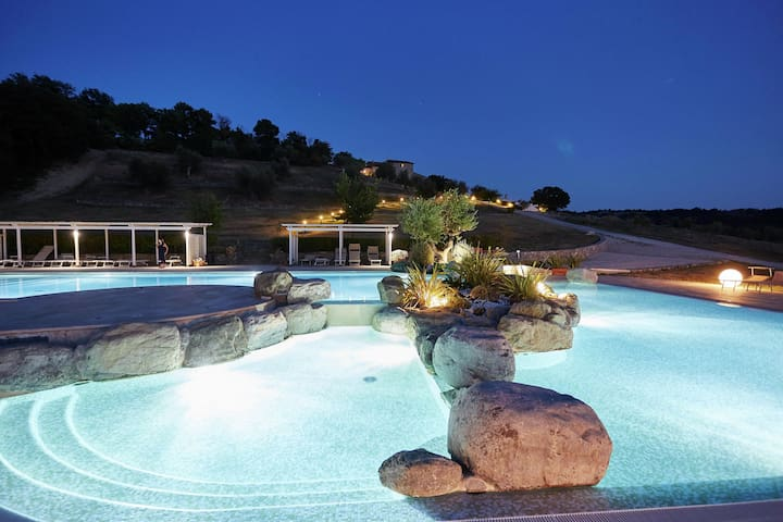 Quaint Holiday Home in Arcidosso with Swimming Pool