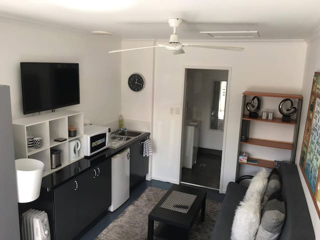 Private Studio close to Byron Bay!! - Suffolk Park