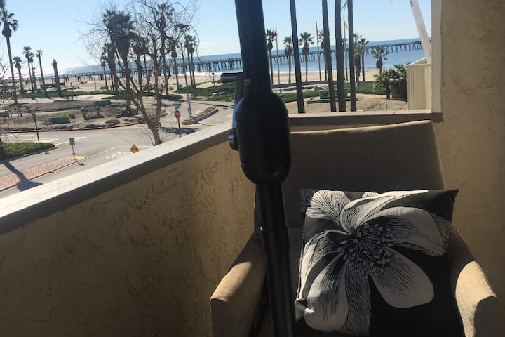 Port Hueneme condo with awesome views