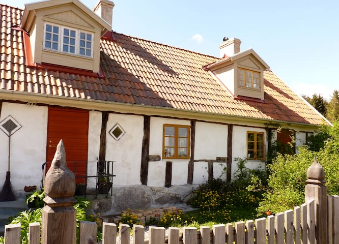 Traditional chalk house in the hills of Grevlunda