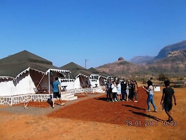 Luxurious Maharaja Tents in the Heart of Nature. - Karjat - เต็นท์