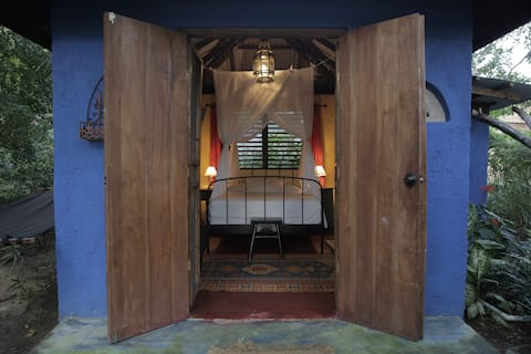 The Marley Room, Katamah Beachfront Guesthouse