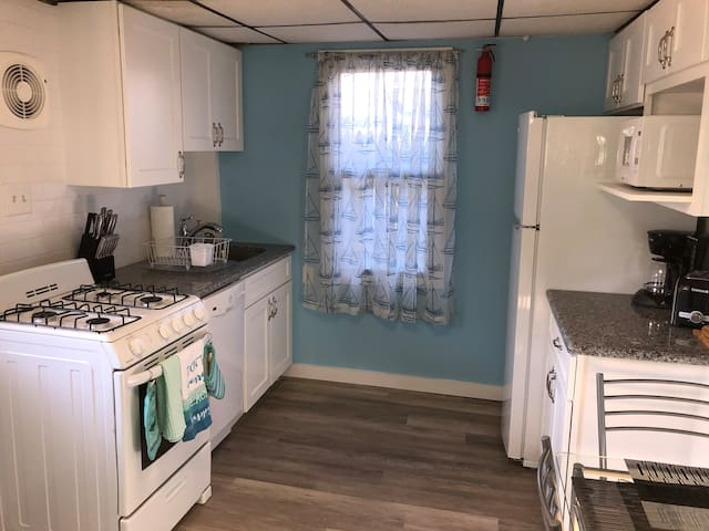 Cozy & updated Seaside Heights apartment!
