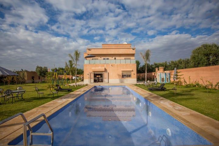 Villa prestigieuse a louer pour familles
