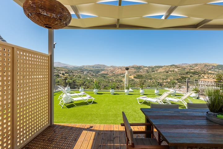 Stefanakos House, roof terrace with stunning views