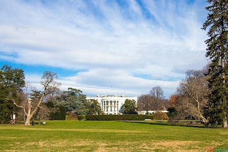 Northwest Embassy Row Furnished Apt for sublet - Washington