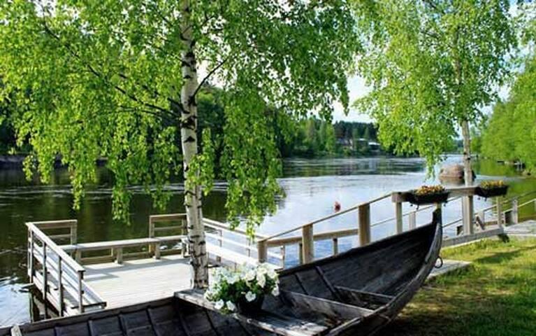 Ihana Kymijokimaisema rauhallisessa ympäristössä