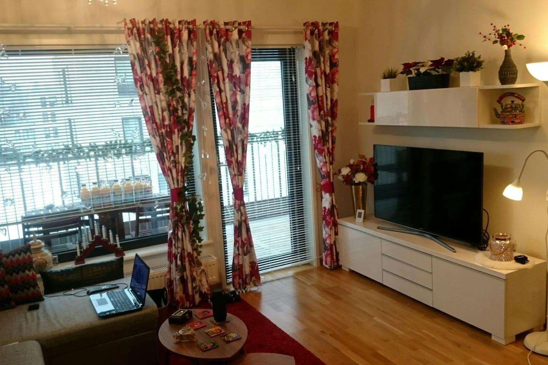 Living Room - Door to balcony