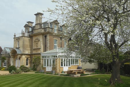 Edwardian house built for family enjoyment - Billingshurst - Haus
