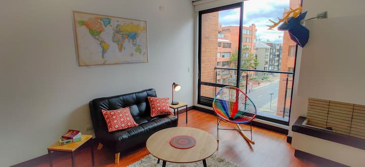 Great 2BR balcony apartment in Chico