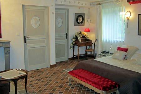Avaugour , suite familiale - Castle