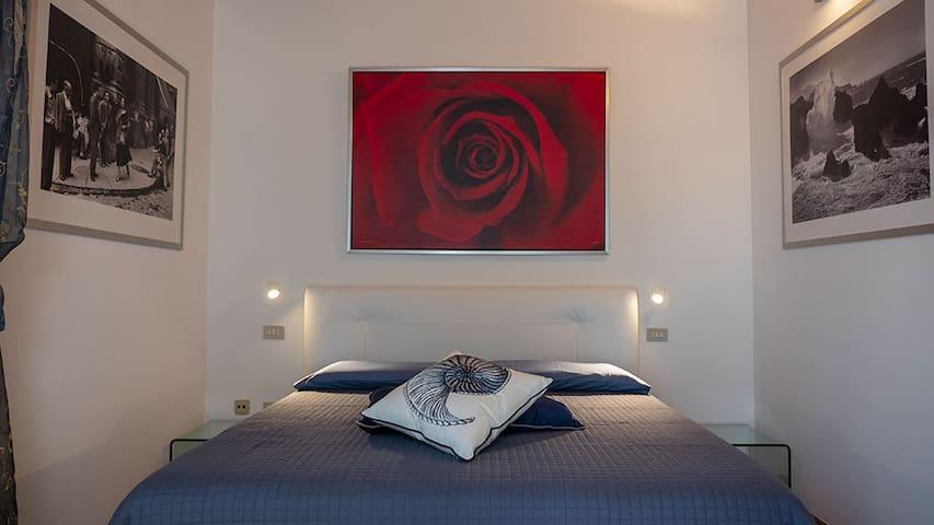 "Villa Matildis - Double room ""Rosa Rossa"""