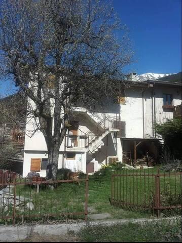 Un paradiso a pochi km da Torino - Savoulx - Apartamento