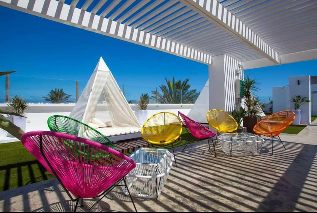 Terrazza chill out  - zona relax  e bar a disposizione degli ospiti